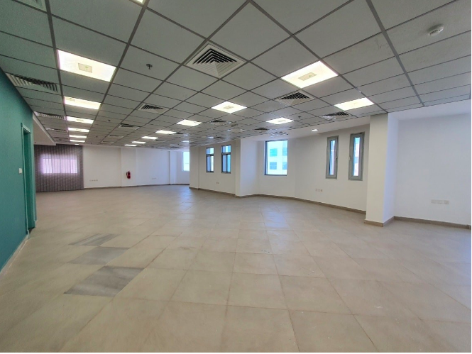 Commercial Property U/F Office  for rent in Al-Muntazah , Doha-Qatar #7470 - 1  image